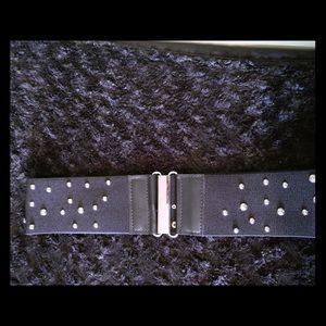 Ladies Belt.